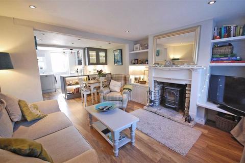2 bedroom terraced house for sale - Chestnut Terrace, Charlton Kings, Cheltenham, GL53