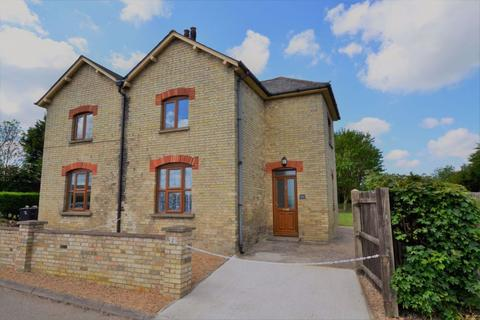 3 bedroom semi-detached house to rent - Royston, Hertfordshire