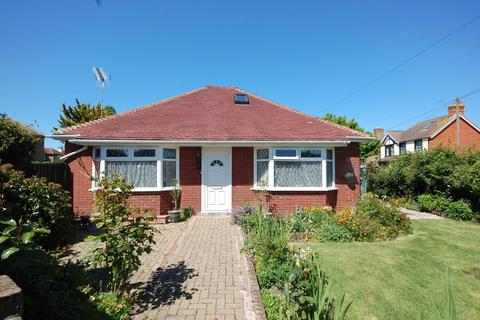 2 bedroom detached bungalow for sale - Carlton Hill, Herne Bay