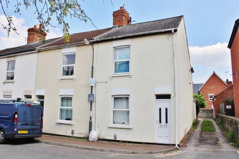 2 bedroom end of terrace house to rent - Wesley Street, Swindon