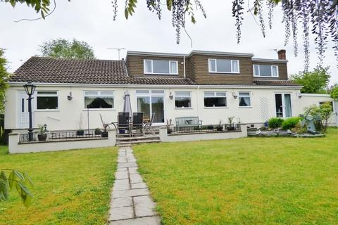 4 bedroom detached bungalow for sale - Bristol Road, Frampton Cotterell