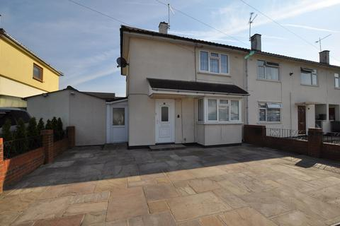 2 bedroom end of terrace house for sale - Hainault Grove, Chelmsford, CM1