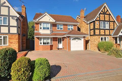 4 bedroom detached house to rent - Shelduck Crescent, Great Notley, Braintree, CM77