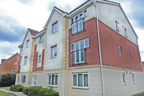 2 bedroom apartment to rent - Woodheys Park, Kingswood, HU7