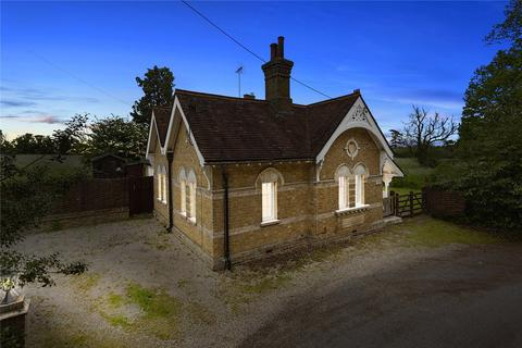 3 bedroom detached house for sale - Woodhouse Lane, Little Waltham, Chelmsford, Essex, CM3