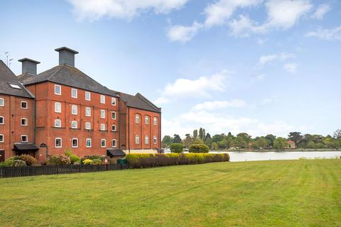 3 bedroom apartment for sale - Oulton Broad