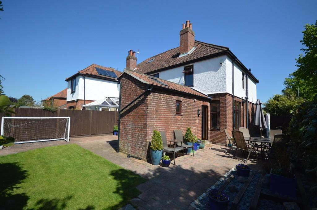 Constitution Hill Norwich 4 Bed Semi Detached House For