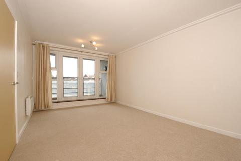2 bedroom apartment to rent - Centrium, Station Approach, GU22