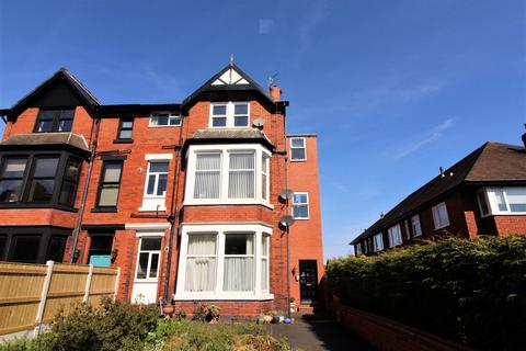 1 bedroom apartment for sale - 111 St. Annes Road East,  Lytham St. Annes, FY8