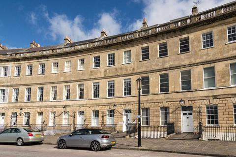 1 bedroom apartment to rent - Lansdown Crescent