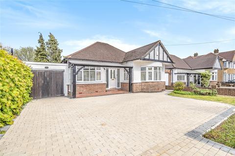 3 bedroom bungalow for sale - Borrowdale Avenue, Harrow, Middlesex, HA3