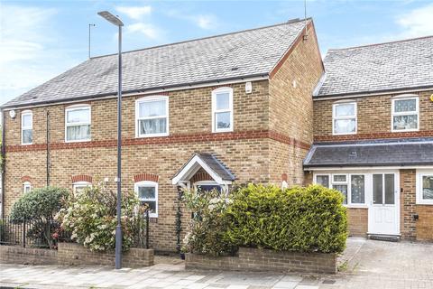 3 bedroom semi-detached house for sale - Ashbourne Avenue, Harrow, Middlesex, HA2
