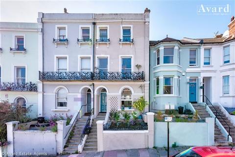 1 bedroom flat for sale - Roundhill Crescent, Brighton, BN2 3FQ