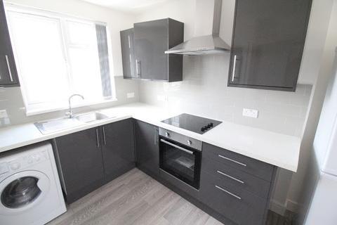 Studio to rent - Minny Street, Cathays, Cardiff, CF24