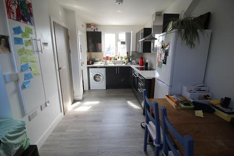 Studio to rent - Flat 4, 25 Minny Street, Cathays, Cardiff, CF24
