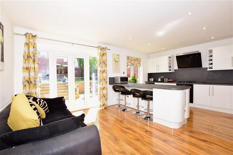 3 bedroom detached house for sale - Woodcut, Maidstone, Kent