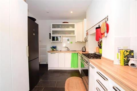 4 bedroom end of terrace house for sale - Brading Road, Brighton, East Sussex