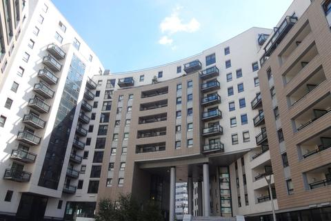 1 bedroom apartment to rent - The Gateway East, Leeds