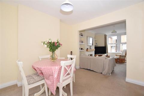 4 bedroom semi-detached house for sale - Reginald Road, Maidstone, Kent