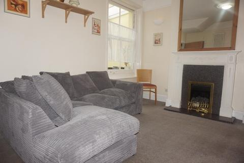 6 bedroom terraced house to rent - St James Avenue, BRIGHTON BN2