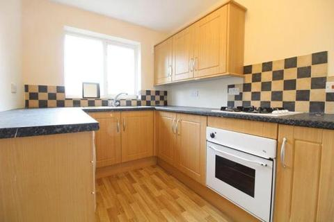 2 bedroom maisonette to rent - Canterbury Close , Luton  LU3