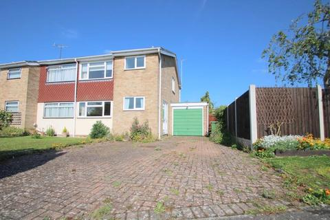 3 bedroom semi-detached house for sale - Hunt Close, Feering