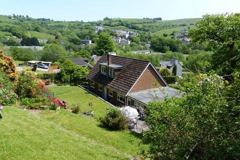 4 bedroom detached bungalow for sale - Bettws Road, Llangeinor, Bridgend, Bridgend County. CF32 8PH