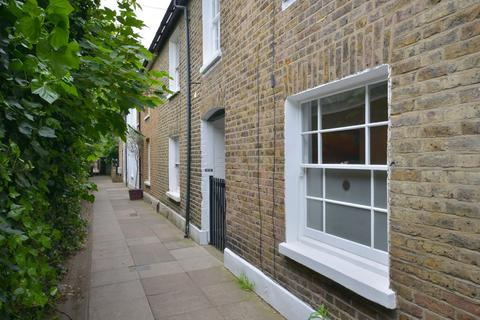 2 bedroom cottage for sale - Railway Side, Barnes, SW13