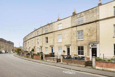4 bedroom flat to rent - Avon Crescent, Hotwells/City Centre,