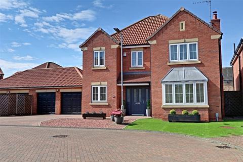 4 bedroom detached house for sale - Pools Brook Park, Kingswood, Hull, East Yorkshire, HU7