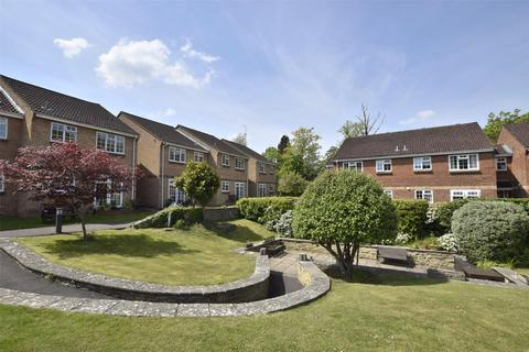 2 bedroom flat for sale - Greenway Lane, Charlton Kings, CHELTENHAM, Gloucestershire, GL52