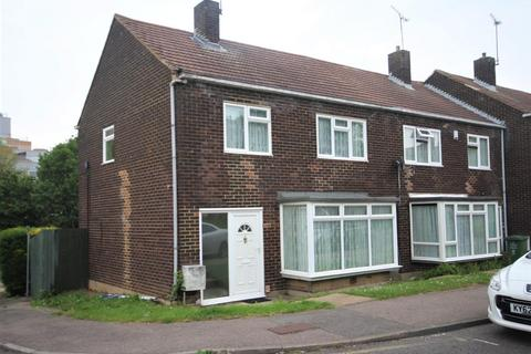 3 bedroom house to rent - Takely Ride, Basildon, SS16