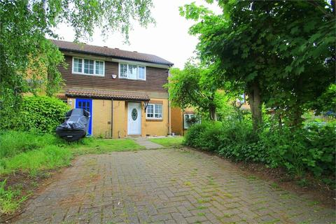 2 bedroom semi-detached house to rent - Pippins Close, West Drayton, Middlesex