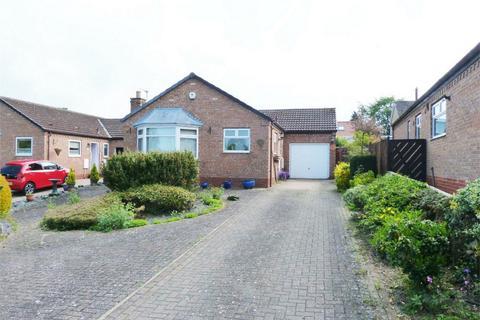 2 bedroom detached bungalow for sale - Dale Garth, Market Weighton, York