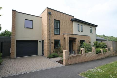 4 bedroom detached house for sale - Vale Avenue, Brighton, East Sussex,