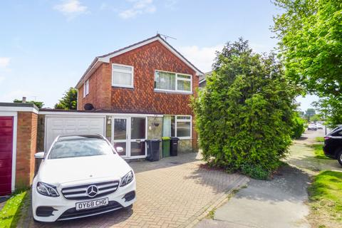 4 bedroom detached house to rent - The Paddocks, Rayleigh, Essex
