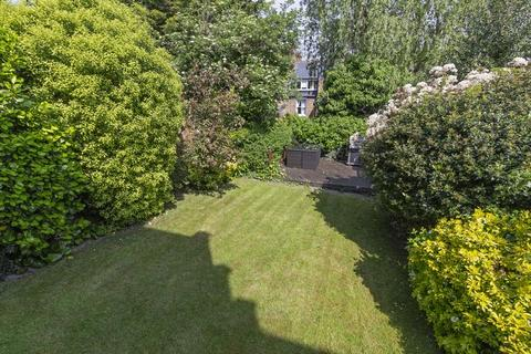 3 bedroom apartment for sale - Woodland Gardens, London, N10