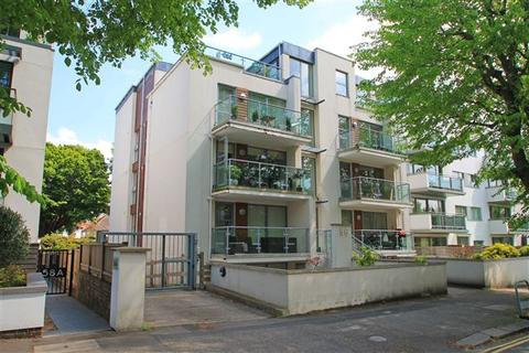 2 bedroom flat for sale - Palmeira Avenue, Hove