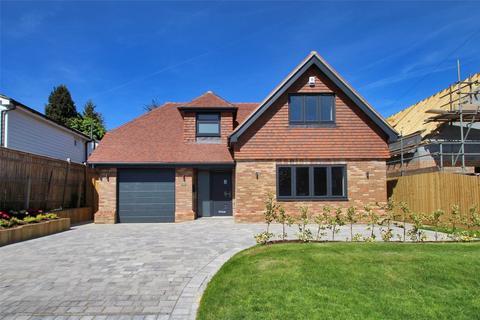 3 bedroom detached house to rent - Dynes Road, Kemsing, Sevenoaks, Kent, TN15