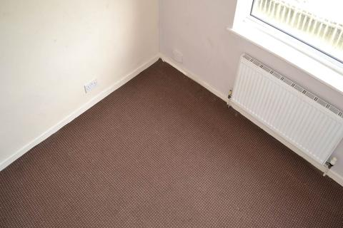 3 bedroom house to rent - Heysham Drive, Holmewood, Bradford