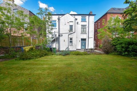 2 bedroom apartment to rent - Barrington Road, Altrincham