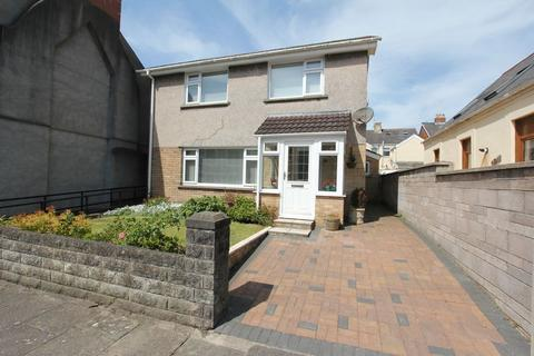 3 bedroom detached house for sale - Melrose Street, Barry