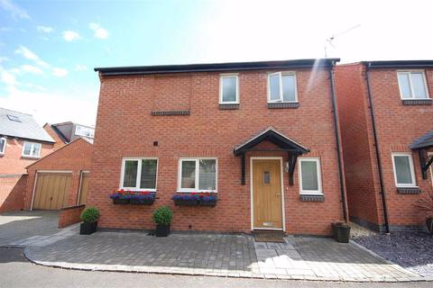 3 bedroom detached house for sale - Cirencester Road, Charlton Kings, Cheltenham, GL53