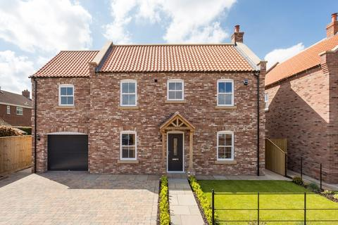 5 bedroom detached house for sale - Orchard House, Thornleigh Croft , Melbourne , York, YO42