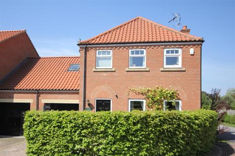 4 bedroom link detached house for sale - Roxby Close, Elvington, York, YO41 4EJ