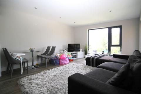 1 bedroom apartment for sale - Waterside Apartments, Railshead Road, St. Margarets, TW7