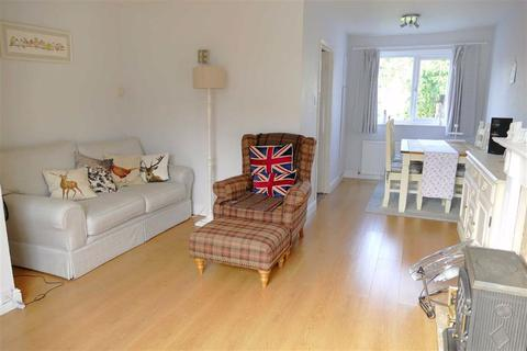 3 bedroom semi-detached house for sale - Northfields, Calne