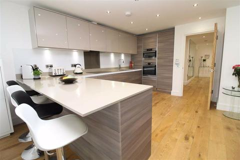3 bedroom apartment for sale - Palmeira Avenue, Hove, East Sussex