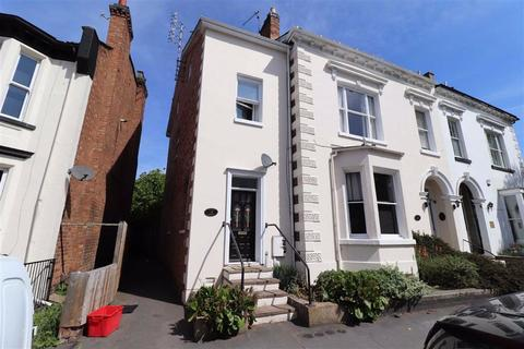 2 bedroom flat for sale - Radford Road, Leamington Spa, CV31