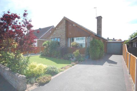 2 bedroom detached bungalow for sale - Whitworth Drive, Radcliffe On Trent